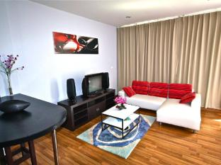 Villareal Heights Hotel Phuket - Executive Deluxe Suite Mountain View