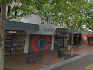 Ramada Encore Hotel Melbourne - Exterior