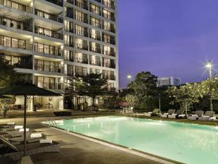 Oakwood Residence Garden Towers Bangna