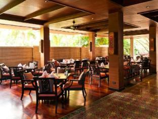Siripanna Villa Resort & Spa Chiangmai Chiang Mai - Slee Banyan Restaurant