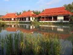 Jasmine Hills Villas & Spa   Chiang Mai Hotel Discounts Thailand