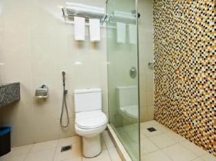 StarPoints Hotel Kuala Lumpur Kuala Lumpur - Bathroom