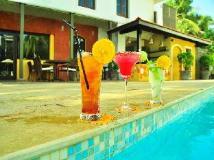 Citrus Goa Hotel: swimming pool