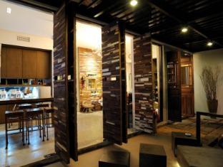 The Album Hotel Phuket - Lobby