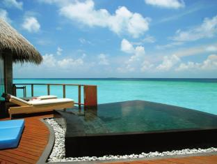 Constance Halaveli Maldives Islands - Water Villa