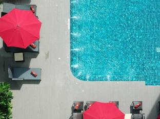 Premier Signature Pattaya Pattaya - Swimming Pool
