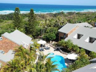 Glen Eden Beach Resort