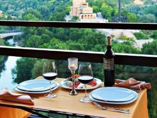 /hotel-panorama/hotel/veliko-tarnovo-bg.html?asq=jGXBHFvRg5Z51Emf%2fbXG4w%3d%3d