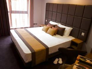 Aparthotel Roomzzz Leeds City