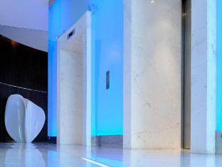 Media One Hotel Dubai - Guest Elevators