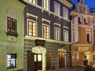/es-es/hotel-edward-kelly/hotel/cesky-krumlov-cz.html?asq=vrkGgIUsL%2bbahMd1T3QaFc8vtOD6pz9C2Mlrix6aGww%3d