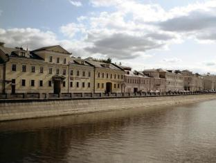 /da-dk/kadashevskaya-hotel/hotel/moscow-ru.html?asq=jGXBHFvRg5Z51Emf%2fbXG4w%3d%3d