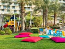 Radisson Blu Hotel Abu Dhabi Yas Island: garden