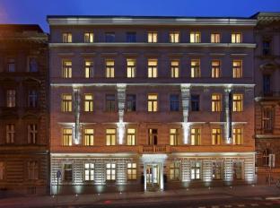 Red & Blue Design Hotel Prague Prague - Exterior