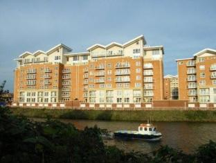 /et-ee/a-space-in-the-city-century-wharf-apartments/hotel/cardiff-gb.html?asq=jGXBHFvRg5Z51Emf%2fbXG4w%3d%3d