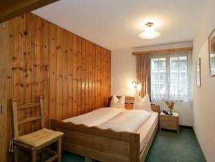 /annex-antika/hotel/zermatt-ch.html?asq=vrkGgIUsL%2bbahMd1T3QaFc8vtOD6pz9C2Mlrix6aGww%3d