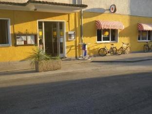 /ristorante-stella-con-camere/hotel/locarno-ch.html?asq=jGXBHFvRg5Z51Emf%2fbXG4w%3d%3d