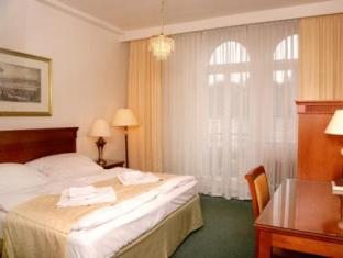 /hu-hu/romania/hotel/karlovy-vary-cz.html?asq=vrkGgIUsL%2bbahMd1T3QaFc8vtOD6pz9C2Mlrix6aGww%3d