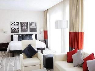 Staybridge Suites Yas Island Hotel Abu Dhabi - Studio Suite