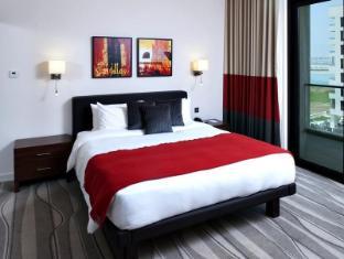 Staybridge Suites Yas Island Hotel Abu Dhabi - Guest Room