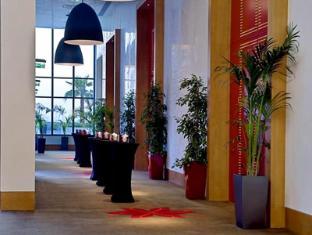 Staybridge Suites Yas Island Hotel Abu Dhabi - Ballroom