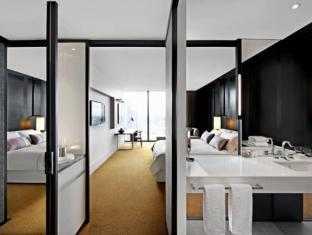 Crown Metropol Hotel Melbourne - Guest Room