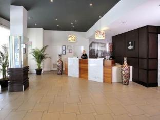 Metro Hotel Ipswich International Ipswich - Reception