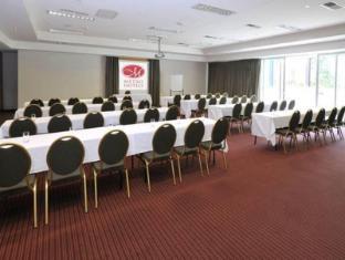 Metro Hotel Ipswich International Ipswich - Meeting Room
