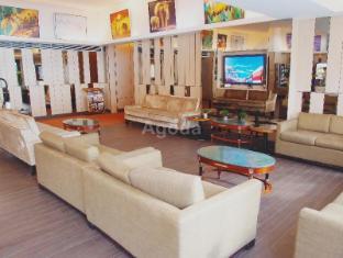 Noah's Ark Resort Hong Kong - Lobby
