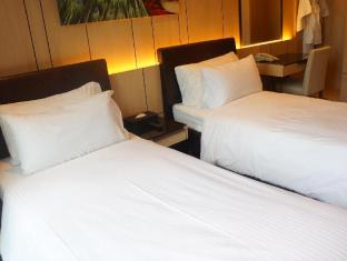 Noah's Ark Resort Hong Kong - Twin Bed Room with 2 single beds