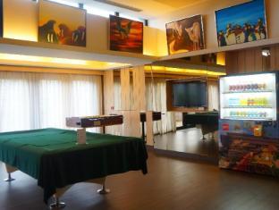 Noah's Ark Resort Hong Kong - Facilities at the lobby