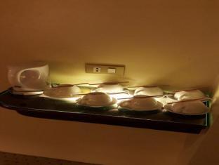 Sarrosa International Hotel and Residential Suites Cebu - Grand Family Room