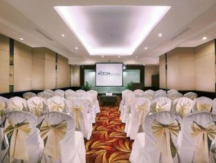 Grand Aston City Hall Hotel & Serviced Residences Medan - Saló de ball