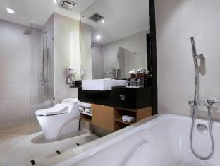 Grand Aston City Hall Hotel & Serviced Residences Medan - Bany