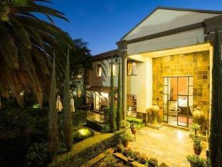 /constantia-manor-guesthouse/hotel/pretoria-za.html?asq=vrkGgIUsL%2bbahMd1T3QaFc8vtOD6pz9C2Mlrix6aGww%3d