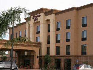 Hampton Inn Visalia