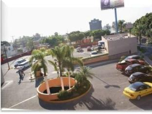 /howard-johnson-plaza-hotel-las-torres/hotel/guadalajara-mx.html?asq=GzqUV4wLlkPaKVYTY1gfioBsBV8HF1ua40ZAYPUqHSahVDg1xN4Pdq5am4v%2fkwxg