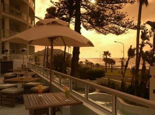 The Peninsula All Suite Hotel Cape Town - Sunset Deck
