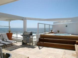 The Peninsula All Suite Hotel Cape Town - Jacuzzi Suite