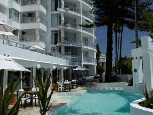 /sl-si/the-peninsula-all-suite-hotel/hotel/cape-town-za.html?asq=jGXBHFvRg5Z51Emf%2fbXG4w%3d%3d