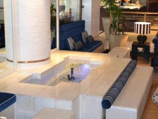 The Peninsula All Suite Hotel Cape Town - Lobby