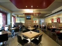 The Regenza By Tunga Hotel: restaurant