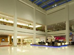 Pullman Kuching Hotel Kuching - Foyer