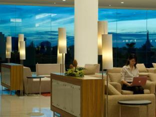 Pullman Kuching Hotel Kuching - Lobi
