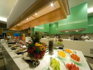 Pullman Kuching Hotel Kuching - Restaurant