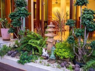 Sabaidee@Lao Hotel Vientiane В'єнтьян - Сад