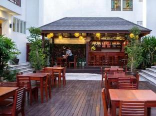 Sabaidee@Lao Hotel Vientiane В'єнтьян - Буфет/Кафе