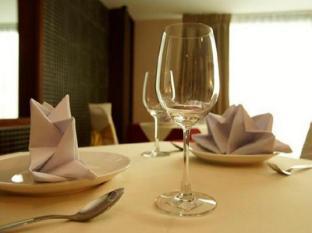 Convenient Grand Hotel Bangkok - Restoran