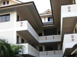 Baan Nam Sai Hotel