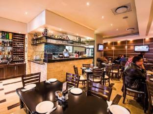 Genesis All-Suite Hotel Johannesburg - Restaurant